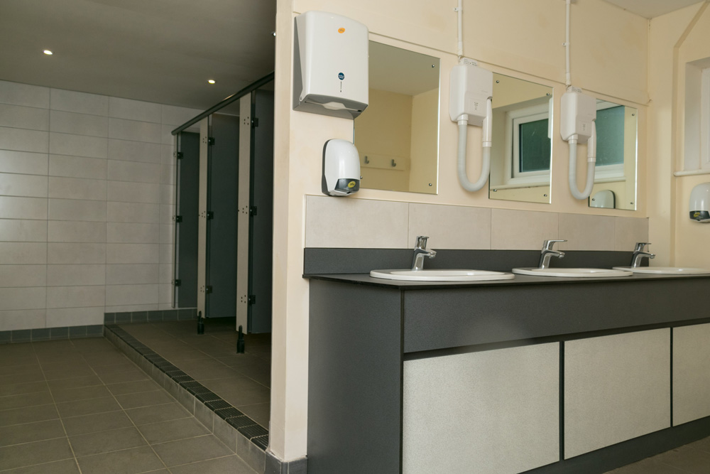 Skydive-Hibaldstow-Shower-Facilities
